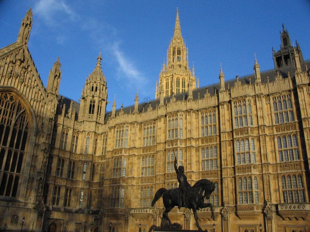 Parlamento inglese for Quanti sono i membri del parlamento italiano